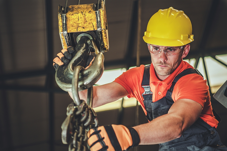 Industrial Hoist and Crane Operation - Ensuring Load Control